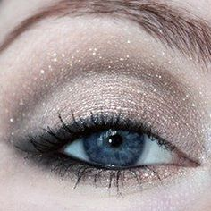 Brilho, muito brilho.  #noiva #casamento #maquiagem #olhos #nude #makeup #bride #wedding