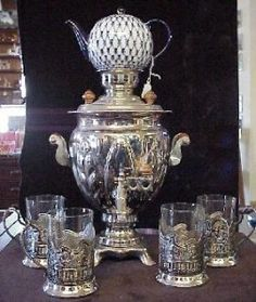 Samovar with tea glasses and holders