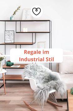 Regale im Industrial Stil sind nicht nur optisch ein Highlight, sondern bieten außerdem besonders viel Stauraum und sind vom Nützlichkeitsfaktor ungeschlagen. Industrial, Desk, Furniture, Home Decor, Blog, Handmade, Rustic Shelves, Modular Shelving, Industrial Style