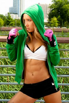 Boxing! Health benefits of boxing. Workouts for women