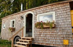 @kellyw0816 this one is so cute on the inside.  School Bus House - Unique Tiny Homes - Good Housekeeping