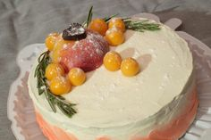 Bisquit cake with cheese creme