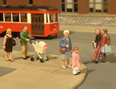 Bachmann Scene Scapes O Scale Figures Strolling People for Small Scene Photography