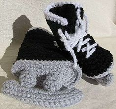 Crocheted Ice Skates - Hockey Skate Booties for NHL-Obsessed Newborns (GALLERY)