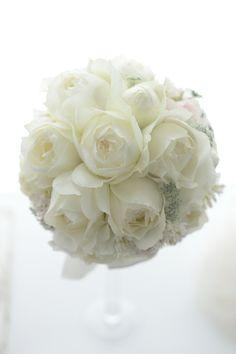 Follow us @SIGNATUREBRIDE on Twitter and on FACEBOOK @ SIGNATURE BRIDE MAGAZINE Floral Wedding, Wedding Bouquets, Wedding Flowers, Floral Arrangements, Flower Arrangement, Floral Design, Dream Wedding, Bride, Pink
