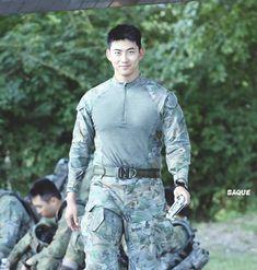 Hot Korean Guys, Hot Asian Men, Korean Men, Asian Boys, Hot Guys, Asian Actors, Korean Actors, Korean Male Models, Sexy Military Men