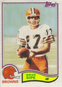 Brian Sipe 1982 Topps #74 football card Football Trading Cards, Football Cards, Nfl Football, American Football, Baseball Cards, Cleveland Browns History, Cleveland Browns Football, Cleveland Rocks, Go Browns