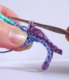 How to crochet fringe
