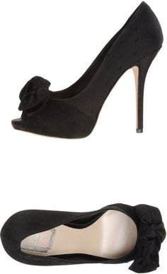 Pumps with Open Toe