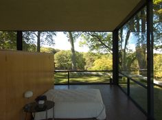 Philip Johnson's glass house - bedroom