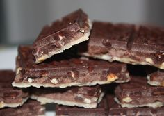 Low Carb Diets, Paleo Dessert, Paleo Plan, Cookies, Kakao, Superfoods, Vegan Chocolate, Vegan Cake, Chocolate Candies