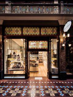Gewurzhaus Merchants Stores by Doherty http://www.yellowtrace.com.au/gewurzhaus-by-doherty-design-studio/