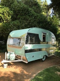 vintage-trailer: 1957 Cardinal Deluxe