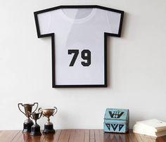 Umbra T-Frame T-Shirt Frame - t shirt display - unusual frame