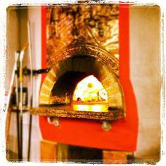 Wood fire for pizza - delizioso! // #italianiasingapore #italiansinsingapore