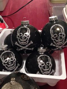 Skull Ornaments..... | Skull & Crossbones | Pinterest | Skull ...