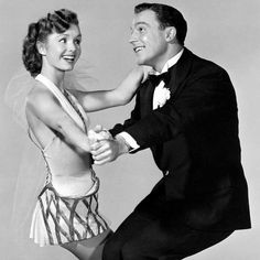 """Gene Kelly and Debbie Reynolds from """"Singing in the Rain"""" :)"""