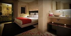 EME Catedral Hotel - Seville, Spain Overlooking... | Luxury Accommodations