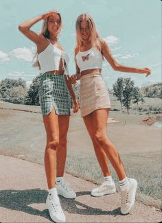 Cute Vacation Outfits, Trendy Summer Outfits, Cute Comfy Outfits, Girly Outfits, Mode Outfits, Retro Outfits, Stylish Outfits, Summer Clothes, Outfit Summer