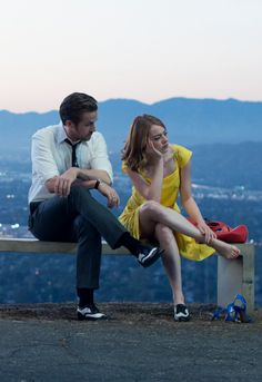 Oscars 2016 Best actress winner Emma Stone with Ryan Gosling in LA la land dir Damien Chazelle / In the oscar ceremony Faye Dunaway wrongly declared La la land best film Oscar winner instead of Moonlight / It took few minutes to correct the mistake Movie Couples, Cute Couples, Iconic Movies, Good Movies, Movies Showing, Movies And Tv Shows, Damien Chazelle, Movie Shots, Film Inspiration