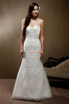 Search Used Wedding Dresses & PreOwned Wedding Gowns For Sale Used Wedding Dresses, Wedding Dress Styles, Bridal Dresses, Wedding Gowns, Bridesmaid Dresses, Prom Dresses, Formal Dresses, Fishtail Dress, A Line Gown