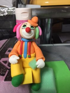 Clown fondant cake topper!!! www.sweettreatusa.com