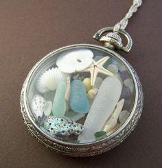 Neptuno mar vidrio medallón - caja de reloj de bolsillo Vintage con los tesoros del mar