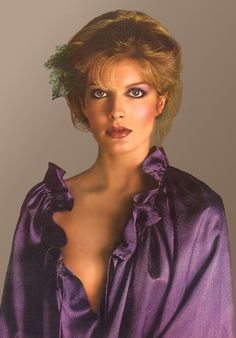 Rene Russo the glamour model Rene Russo, Young Celebrities, Celebs, Got The Look, Women In History, 70s Fashion, Fashion Models, Famous Faces, Celebrity Photos