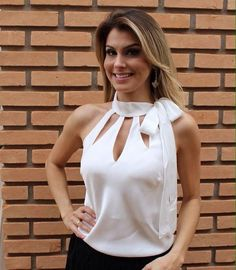 Discover thousands of images about Chique sem esforço. Casual Outfits, Fashion Outfits, Womens Fashion, Casual Chic, Blouse Designs, Beautiful Outfits, Ideias Fashion, Fashion Looks, Clothes For Women
