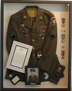 Best Shadow Box Ideas You Did Not Know About military shadow box ideas Shadow box ideas (memory box ideas) Tags: Shadow Box Ideas diy, Shadow Box Ideas baby, Shadow Box Ideas memorial, military Shadow Box Memory, Memory Frame, Diy Shadow Box, Shadow Box Frames, How To Shadow Box, Military Shadow Box, Military Memorabilia, Memory Crafts, Family Memories