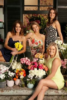 Phoebe, Maddy, Ricky and Hannah aka Isabella Giovinazzo, Kassandra Clementi, Bonnie Sveen and Cassie Howarth! Home And Away Actors, Home And Away Cast, Bonnie Sveen, Beauty Spells, Leila, Old Shows, Love Home, Bridesmaid Dresses, Wedding Dresses