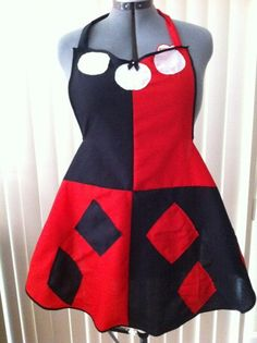 Geek-Handmade-Cooking-Aprons  I would be wearing this... Only this.