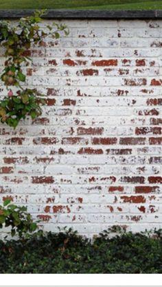 german smear technique | exterior | white painted brick