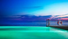 Hotel Du Cap-Eden-Roc in Antibes, France Infinity Pools, Insane Pools, Eden Rock, Pool At Night, Safari, South Of France, French Riviera, Europe, Hotels And Resorts