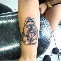 Black and grey shih tzu portrait tattoo by Cirius Cubas. Tattoo Mama, Pug Tattoo, Perro Shih Tzu, Shih Tzu Puppy, Shih Tzus, Great Tattoos, New Tattoos, Tatoos, Ewok