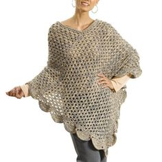 Keep the warmth going all year long with this Oversized Lean Poncho crochet pattern. With a crochet wearable that is good for any season, there is no reason not to work up this poncho pattern. Crochet Crowd, All Free Crochet, Easy Crochet, Crochet Wraps, Crochet Poncho Patterns, Crochet Shawl, Caron Yarn, Crochet Cable, Double Crochet