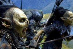 THE ORCS OF MORIA PURSEU THE COMPANY...........SOURCE MORDORTHELANDOFSHADOW.BLOGSPOT.FR...............