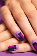 A Step-by-Step Guide for DIYing This Chic Mod Mani | Teen Vogue