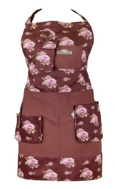 this traditional style of apron features clever pockets for garden tools and accessories