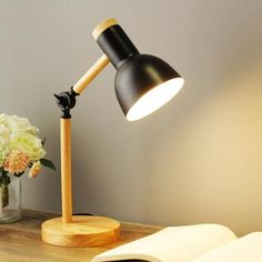 Ez a következőket tartalmazza: Karin Folding Wooden Lamp - Area Collections