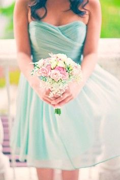 March wedding mint green chiffon dress, Bridesmaid dress for March wedding, spring wedding bridesmaid bouquet