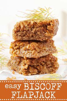 Healthy Flapjack, Flapjack Recipe, Tray Bake Recipes, Baking Recipes, Vegan Recipes, Oreo Dessert, Mini Desserts, Biscoff Recipes, Chocolates