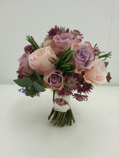 Academy of Floral Art Floristry School Jan Delve used Astrantia and memory lane and sweet Akito Roses to great this beautiful colour combination. Purple Wedding Bouquets, Bridesmaid Flowers, Bridal Bouquets, Wedding Dresses, Bride Flowers, Love Flowers, Beautiful Flowers, Flower Centerpieces, Flower Arrangements