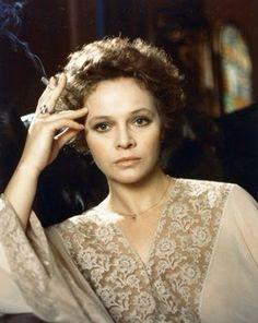 Laura Antonelli, née Laura Antonaz le 28 novembre 1941 à Pola (aujourd'hui Pula) en Istrie et morte le 22 juin 2015 à Ladispoli, est une actrice italienne.