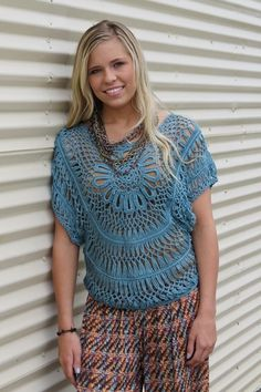 I Got The Blues Crochet Poncho  #QueenBling http://www.pinterest.com/mleorodriguez/hairpin-lace/