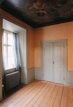 Dahmska huset, nedre våningen, efter renovering. Sovrum.