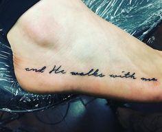 trendige Tattoo-Ideen zum Gedenken an Papa-Zitate tattoo tattoo tattoo tattoo tattoo tattoo tattoo ideas designs ideas ideas in memory of ideas unique.diy tattoo permanent old school sketches tattoos tattoo Daddys Girl Tattoo, Daddy Tattoos, Brother Tattoos, Girl Tattoos, Rip Tattoos For Dad, Future Tattoos, Tribal Tattoos, Tattoos Skull, Trendy Tattoos