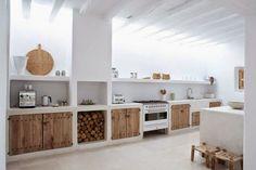 Dit is echt suuuuuper gaaf!! Wat een keuken....         Fantastisch keuken eiland.       Mooi aanrechtblad van beton.       Wat een gave de...