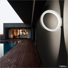 Cini & Nils - Ring-shaped LED outdoor wall light 'Assolo'