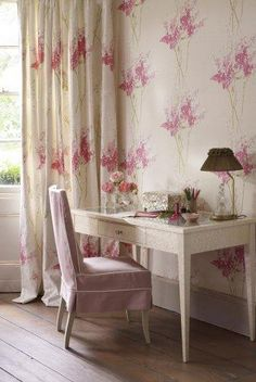Nina Campbell Montacute Barrington Wallpaper - love it! Love the wallpaper and fabric. Where to use it? Downstairs loo? Our bedroom and dressing room? See other colour variants too.